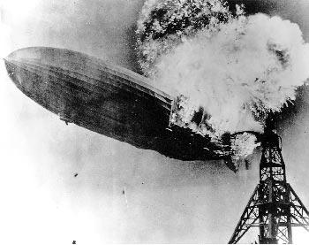 Пожар гигантского водородного дирижабля Hindenburg