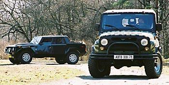 Lamborghini LM002 и УАЗ Hunter