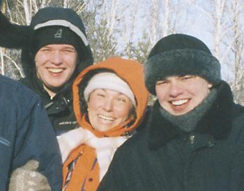 Команда тестеров снегохода