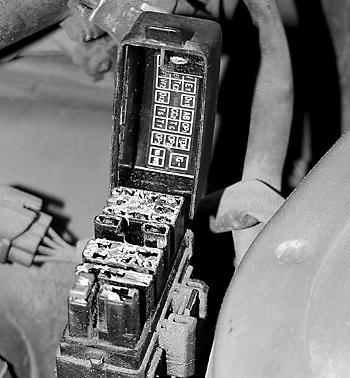 Диагностический разъем Toyota