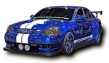 Седан Ford Five Hundred + супер-спорт Ford GT