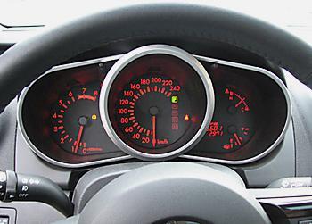 приборная панель Mazda CX-7