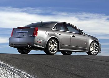 спорт-седан Cadillac CTS-V