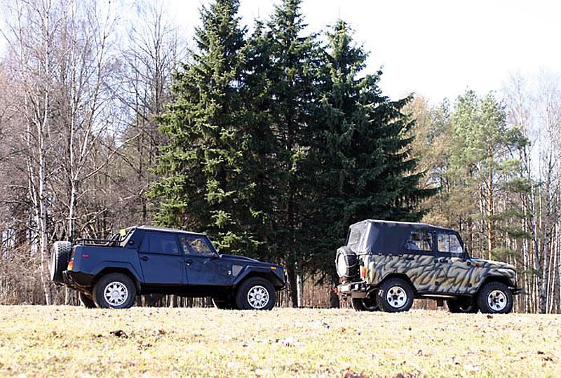 Lamborghini LM002 и УАЗ
