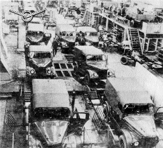 Сборка ГАЗ-69 на конвейере