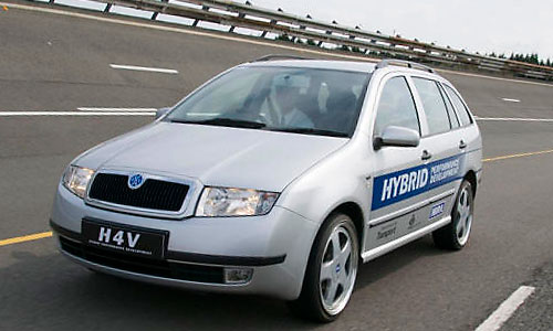 H4V - Hybrid 4 wheel drive Vehicle